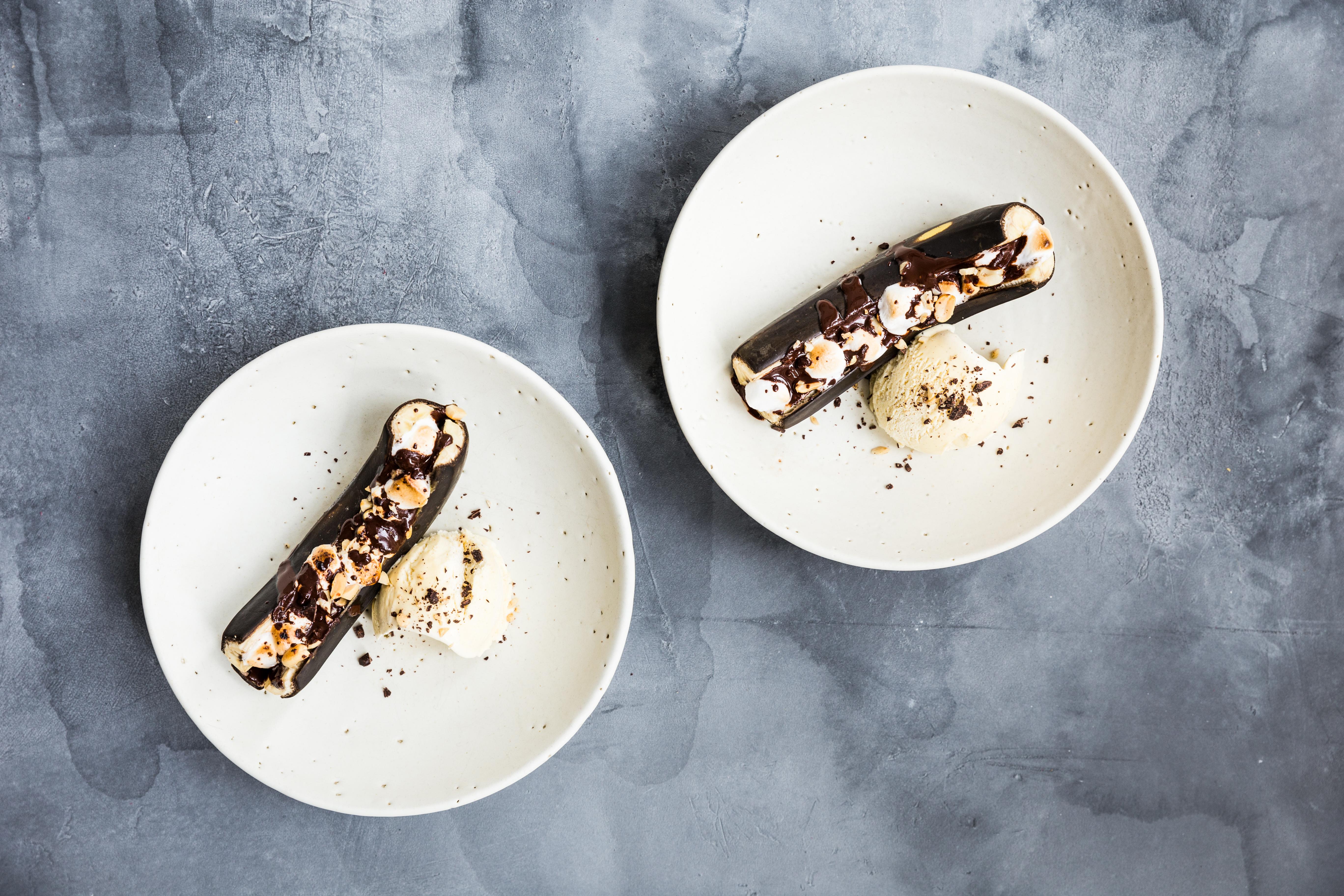 TwinFood_grillede bananer med chokolade og skumfiduser